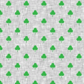 (small scale) simple shamrock on light grey