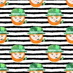 Leprechaun w/ pipe on black stripes