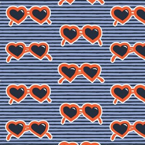 heart shaped glasses on stripes (RB)