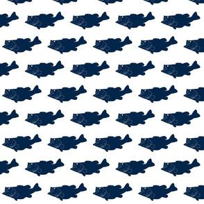 largemouth // navy on white