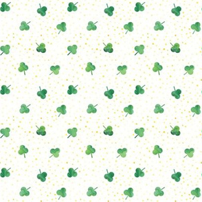 (micro scale) watercolor shamrock w/ gold dots