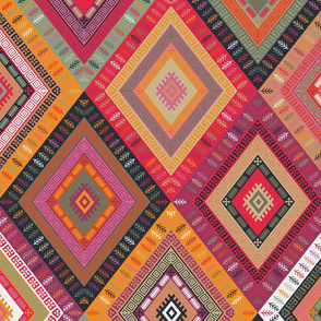 Kilim Diamonds - sugar plum
