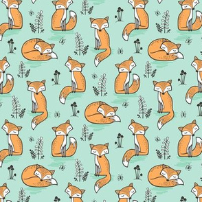 Dreamy Fox in Bay Mint Green Smaller 1,5-2 Inch