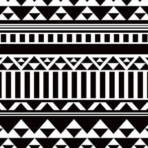Mountain Stripe Kilim in Black + White