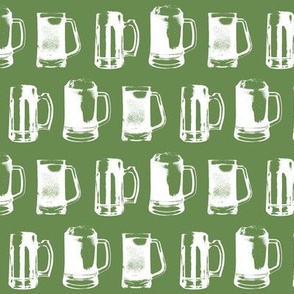 Beer Mugs on Green // Small