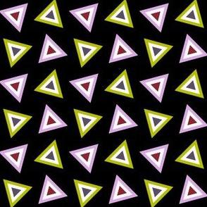 07237989 : triangle 4g : vampire