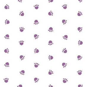 Pet Quilt C - Dog paws fabric - lilac and white