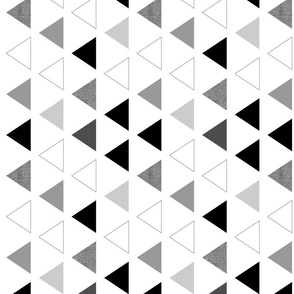 Black & white triangles 90 deg
