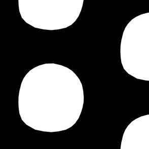 Monochrome Big Dot Black