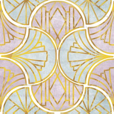 Art Deco Gold Line Clamshells