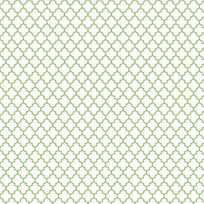 quatrefoil apple green on white - small