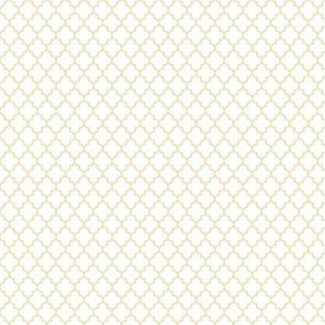 quatrefoil creamy banana on white - small