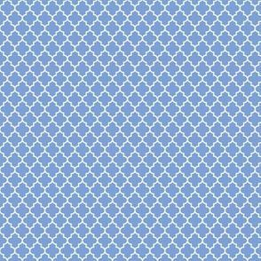 quatrefoil cornflower blue - small