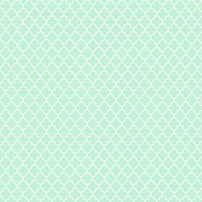 quatrefoil ice mint green - small