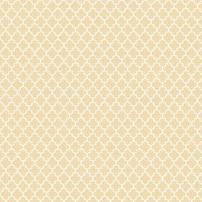 quatrefoil creamy banana - small