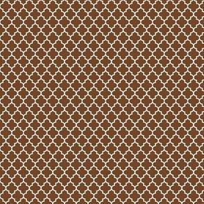 quatrefoil chocolate brown - small