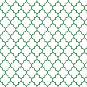 quatrefoil MED kelly green on white