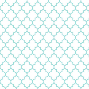 quatrefoil MED light teal on white