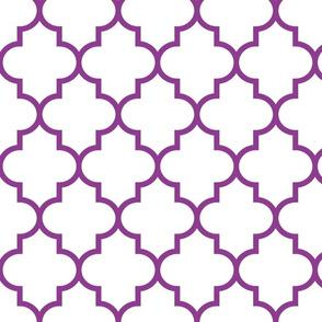 quatrefoil LG grape on white