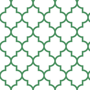 quatrefoil LG kelly green on white