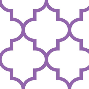 quatrefoil XL amethyst on white