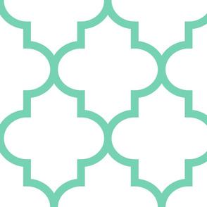 quatrefoil XL sea foam green on white