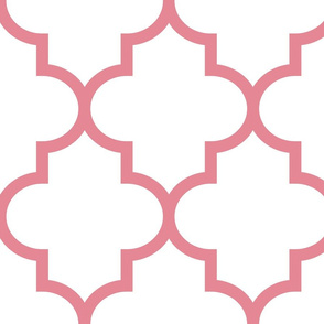 quatrefoil XL berry cream on white