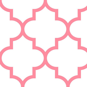 quatrefoil XL pretty pink on white