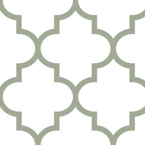 quatrefoil XL sage green on white