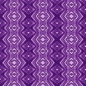GP15 - Geometric Pillars in Purple and Lavender