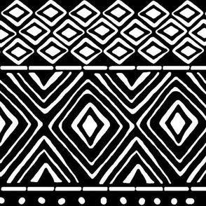 Ornate Black Mud Cloth // Large