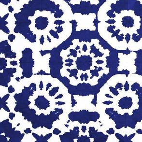 shibori dotflowers indigo