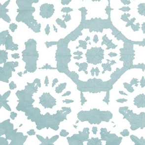 shibori  dotflowers ice blue
