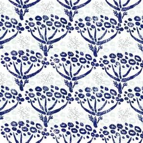 Herb-dill batik (navy-white)