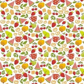 crackers fruits and mint tea)))