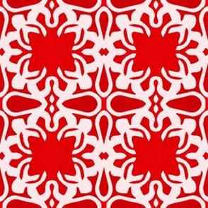 Raina, Quatrefoil, Red and Pink, Medium