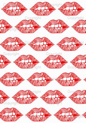 KISS 'MWAH' LIPS