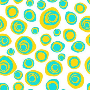 Distorted circles yellow and blue