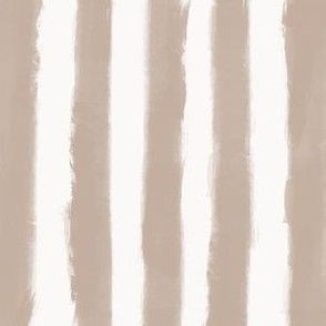 Long Strokes Vertical Nude on Off White