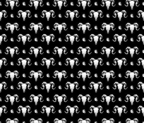 Skulls_and_crystals_black_17cm_150dpi_shop_preview