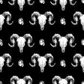 Skulls_and_crystals_black_17cm_150dpi_shop_thumb