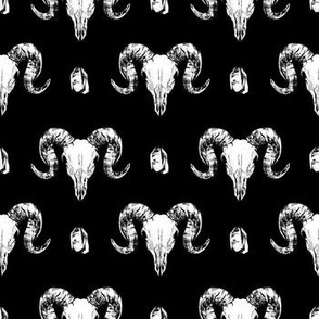 Animal Skulls and Crystals - Black