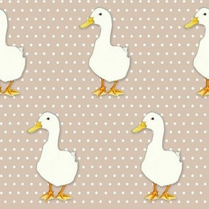 Duck Cool on white dots beige