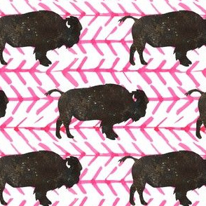 """4"""" Buffalo with Bright Pink Arrows"""