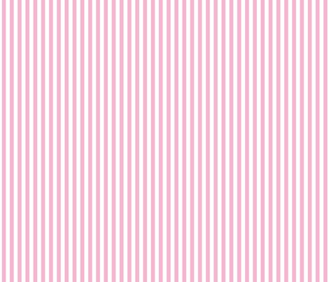 Stripes_vertical_light_pink_shop_preview