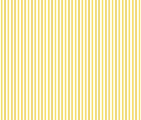 Stripes_vertical_light_yellow_shop_preview