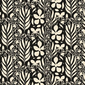 Flowery Monstera, Black and Ivory