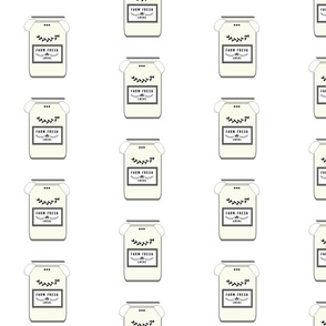 Farm Fresh jugs  LARGE 525 - butter cream gray