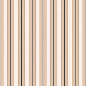 Black Forest / Bear  light tan stripe