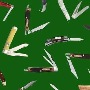 Pocket Knives on Dark Green // Large